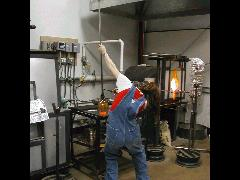 Glassblower.Info BCCC Glassblowing Class Photo 11-Apr-02 031 - Glassblower photo by Tony Patti