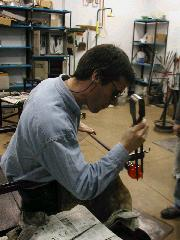 Glassblower.Info BCCC Glassblowing Class Photo 11-Apr-02 047 - Glassblower photo by Tony Patti