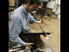 Glassblower.Info BCCC Glassblowing Class Photo 11-Apr-02 049 - Glassblower photo by Tony Patti