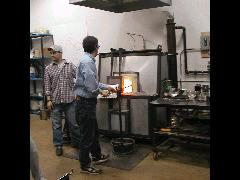 Glassblower.Info BCCC Glassblowing Class Photo 11-Apr-02 052 - Glassblower photo by Tony Patti