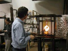 Glassblower.Info BCCC Glassblowing Class Photo 11-Apr-02 061 - Glassblower photo by Tony Patti