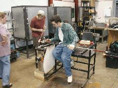 Glassblower.Info BCCC Glassblowing Class Photo 18-Apr-02 006 - Glassblower photo by Tony Patti