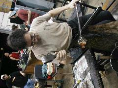 Glassblower.Info BCCC Glassblowing Class Photo 18-Apr-02 019 - Glassblower photo by Tony Patti