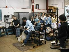 Glassblower.Info BCCC Glassblowing Class Photo 24-Apr-02 014 - Glassblower photo by Tony Patti