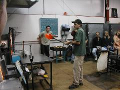 Glassblower.Info BCCC Glassblowing Class Photo 24-Apr-02 029 - Glassblower photo by Tony Patti