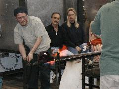 Glassblower.Info BCCC Glassblowing Class Photo 24-Apr-02 037 - Glassblower photo by Tony Patti