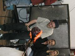 Glassblower.Info BCCC Glassblowing Class Photo 24-Apr-02 038 - Glassblower photo by Tony Patti