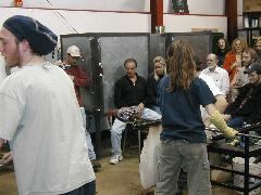 Glassblower.Info BCCC Glassblowing Class Photo 24-Apr-02 054 - Glassblower photo by Tony Patti