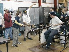 Glassblower.Info BCCC Glassblowing Class Photo 24-Apr-02 061 - Glassblower photo by Tony Patti