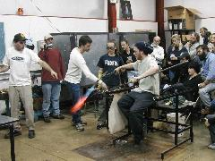 Glassblower.Info BCCC Glassblowing Class Photo 24-Apr-02 062 - Glassblower photo by Tony Patti