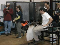 Glassblower.Info BCCC Glassblowing Class Photo 24-Apr-02 069 - Glassblower photo by Tony Patti