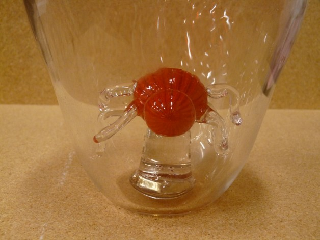 Glassblower.info - Cased Cane Incalmo Vessel with Matching Cased Cane Spider on Glass Pedestal Inside - Close-up of Spider