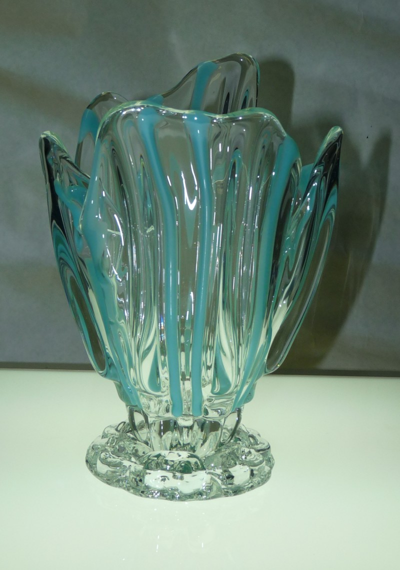 Glassblower.Info - Combo Glassblowing Mold - Turquoise Stripes Vase - front view