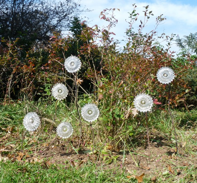 Superieur Glass Flowers In The Garden