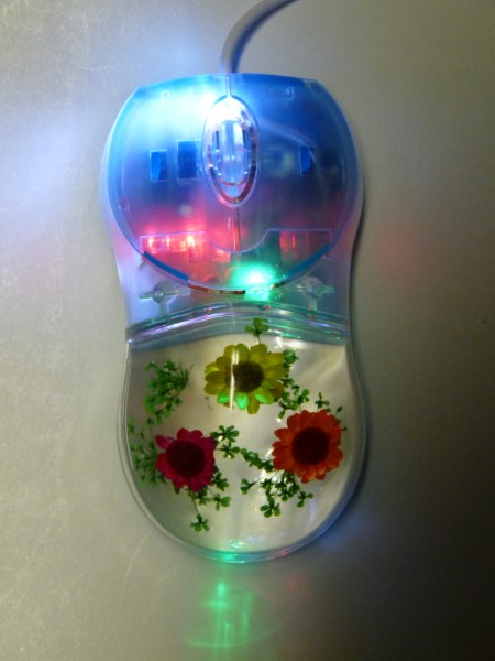 A and B Butterflies Company - Dyed Strawflower Computer Mouse (mice) - Not Plugged in