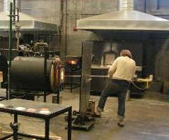 Glassblower.Info - Rolling Yoke at Goggleworks